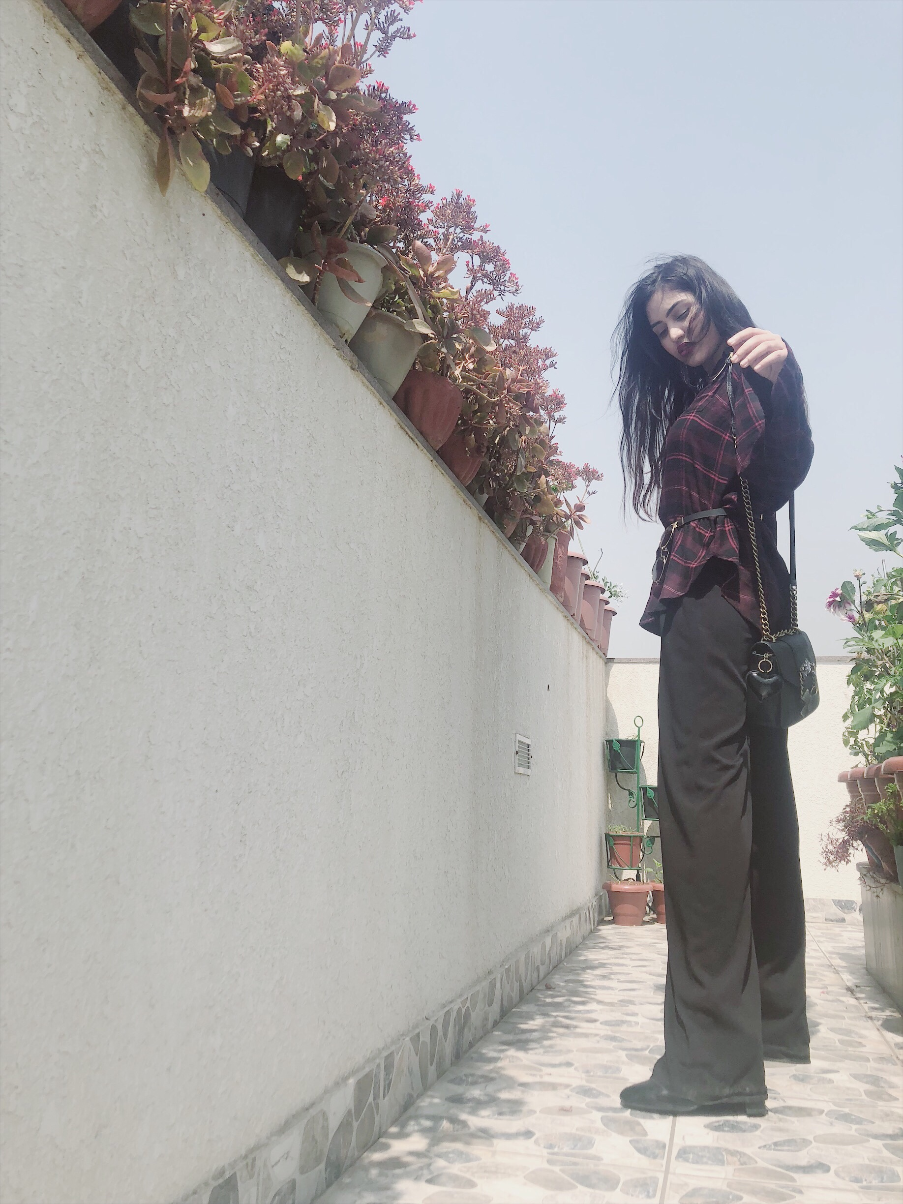 Vein of my design: how to wear an oversized shirt